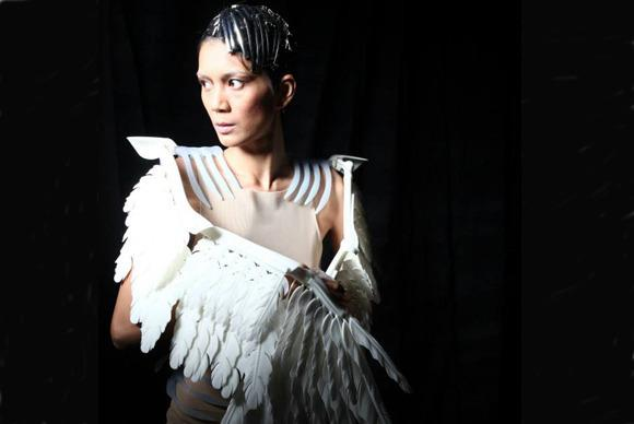 In Pictures: MakerBot couture. 3D-printed fashion hits the runway
