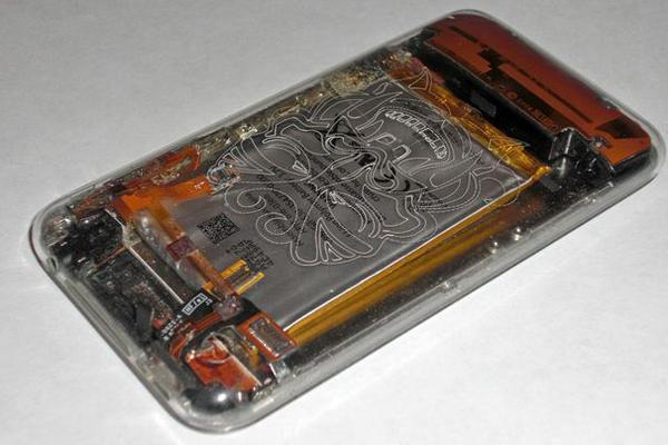 In Pictures: 15 fun and freaky iPhone mods