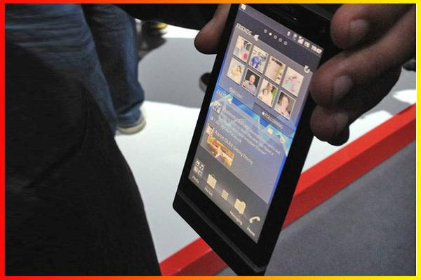 In Pictures: Hands-on with the top phones and tablets of MWC