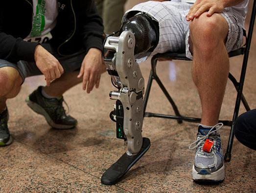 In Pictures: Programmer and 'bionic leg' ace 103-story test