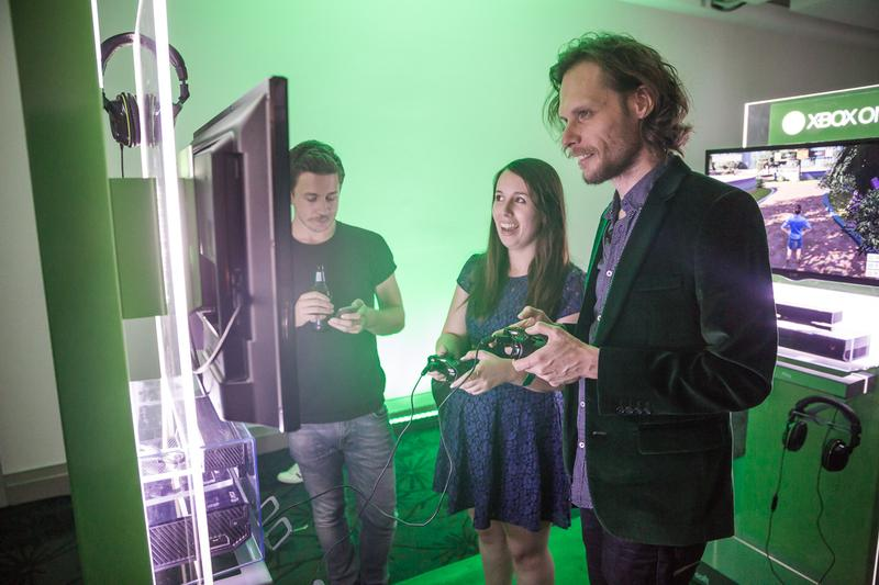 IN PICTURES: Sydney turns green for Xbox One launch