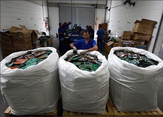 In Pictures: Old electronics don't die, they pile up