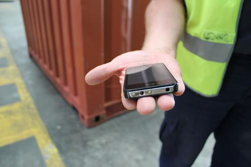 Australian customs seizes fake iPhones that deliver a shock