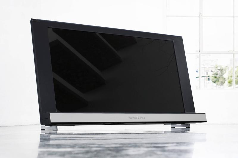 Bang & Olufsen launches BeoVision 8-40