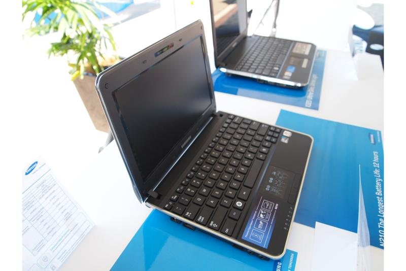 Samsung takes to the sky to launch its 2010 notebook range