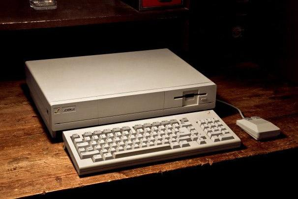 Inside the Amiga 1000