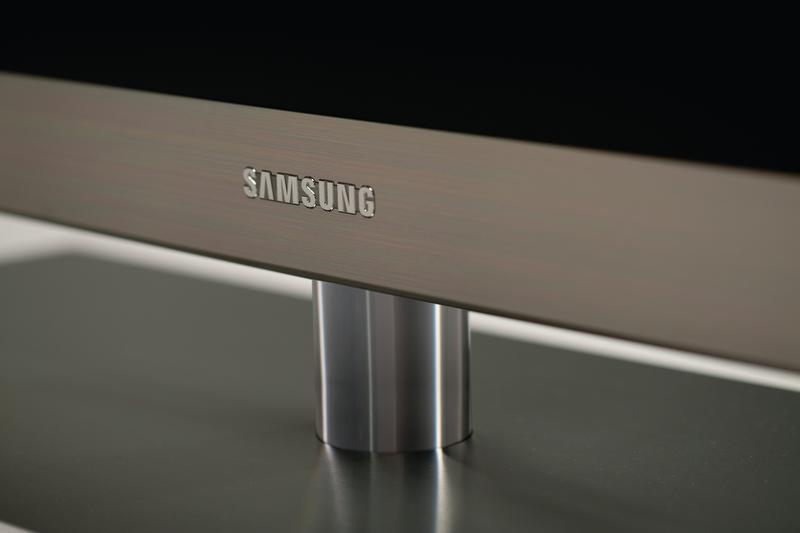 In pictures: Samsung's Series 9 LED television