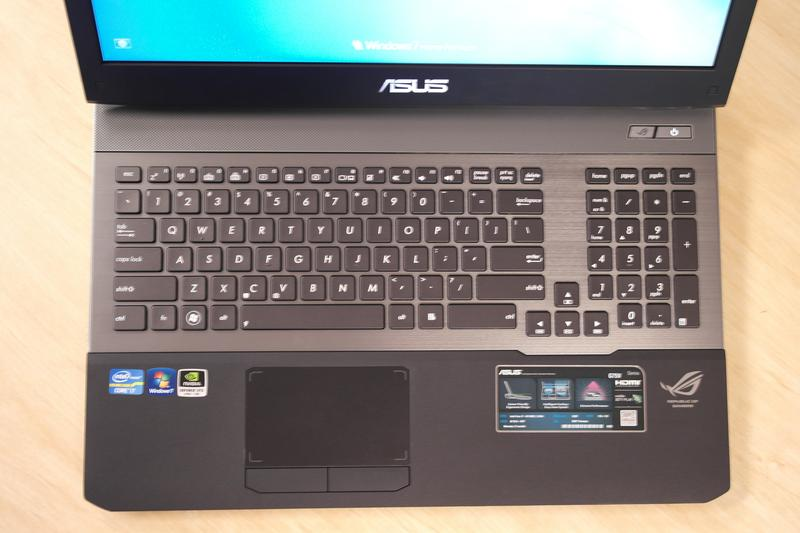 ASUS G75VW: an Ivy Bridge gaming notebook with attitude