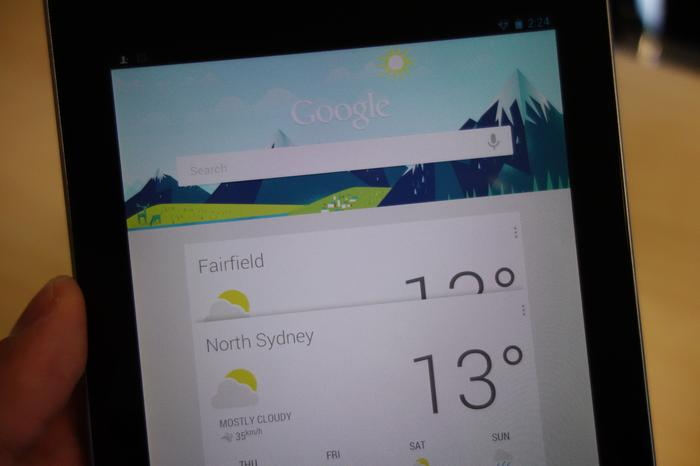 The Nexus 7's display has a few annoying flaws.