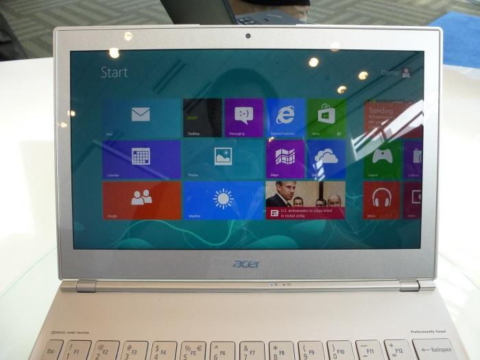 The Acer's excellent touchscreen.