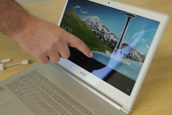 The third input device on the Aspire S7 is its capacitive touchscreen.