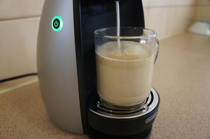 The Dolce Gusto Genio making a milk-based cappuccino.