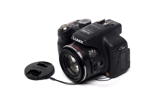 Panasonic LUMIX DMC-FZ150 digital camera