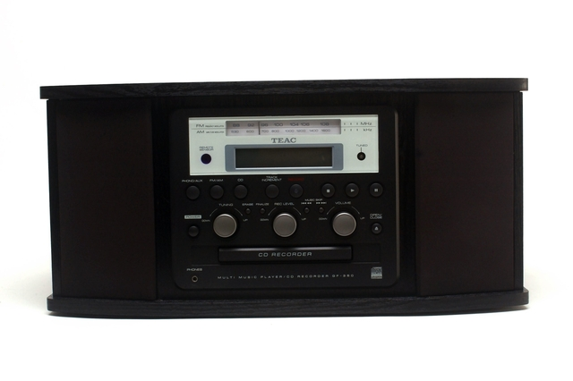 TEAC Australia GF350 Turntable CD Recorder & Radio
