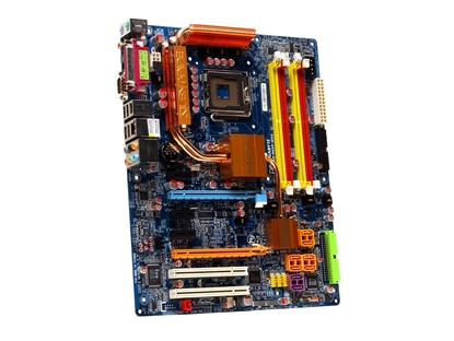 Gigabyte GA-965P-DS4 (rev 3.3)